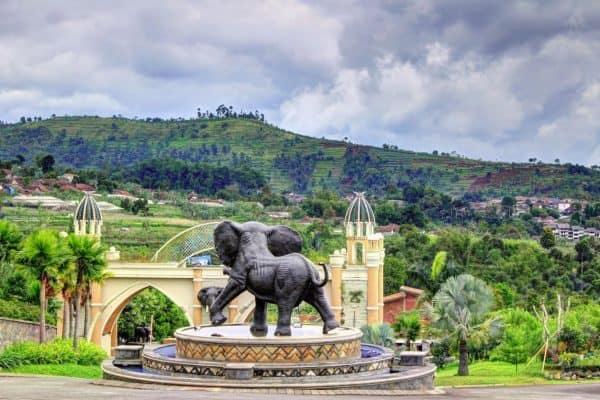 ارض العجائب Wonder Land Gajah Kampung