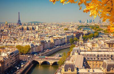 تقرير رحلة متعة وتسوق في باريس