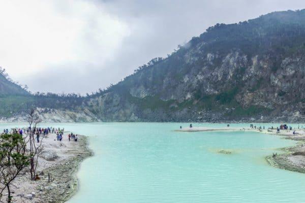 بحيرة كاواه بوتيه Putih Kawah