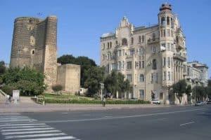 الوصول إلى مدينة باكو Baku – أذربيجان – باكو