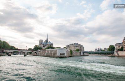 جولة القارب النهري في باريس