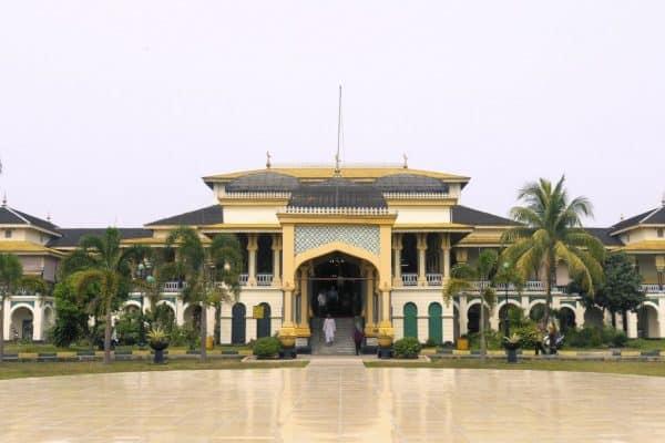 قصر ميمون Maimun Palace