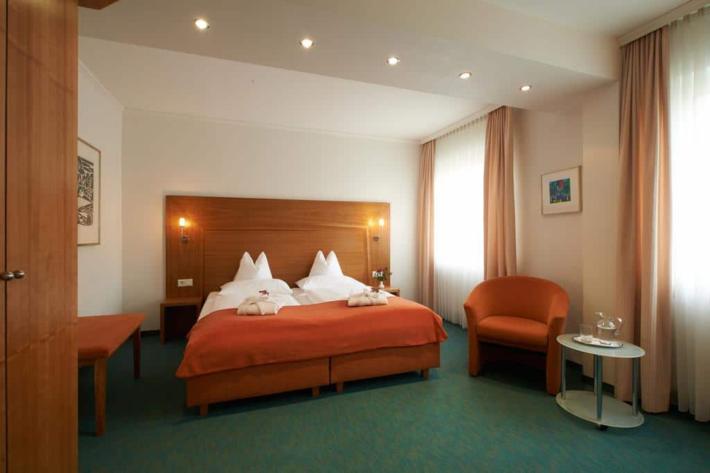 14.Hotel Klughardt
