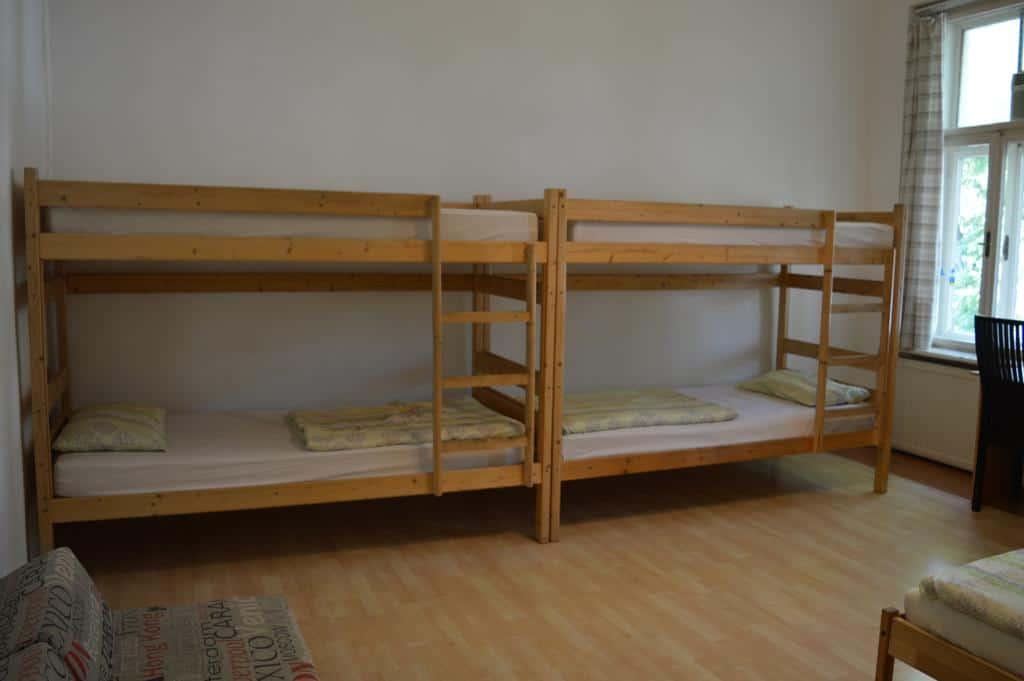 15.Hostel 66