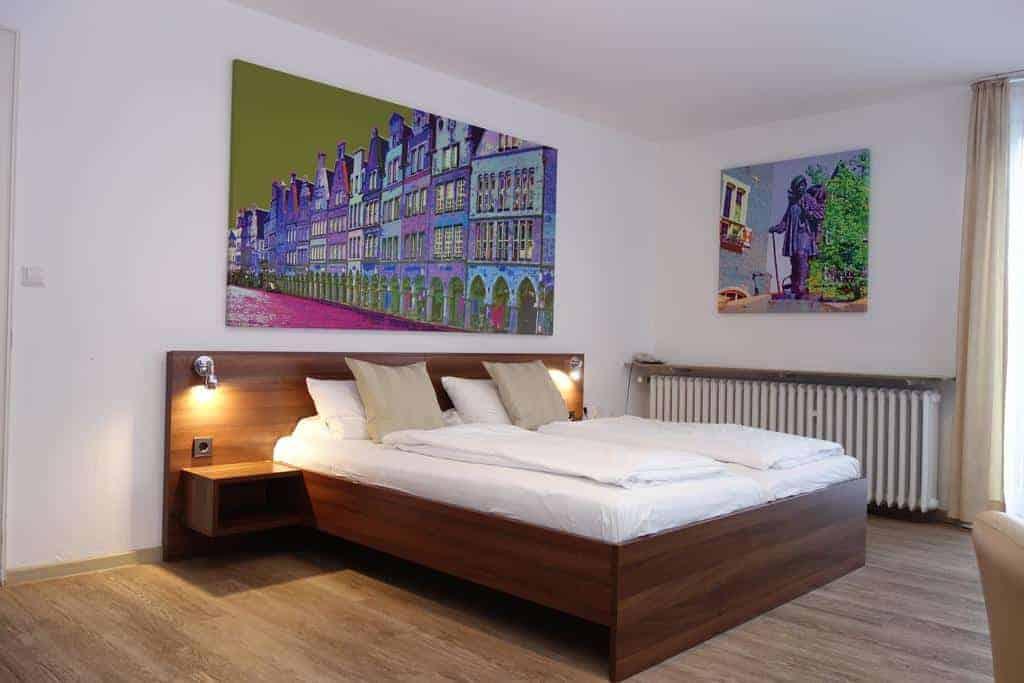 15.Hotel Busche