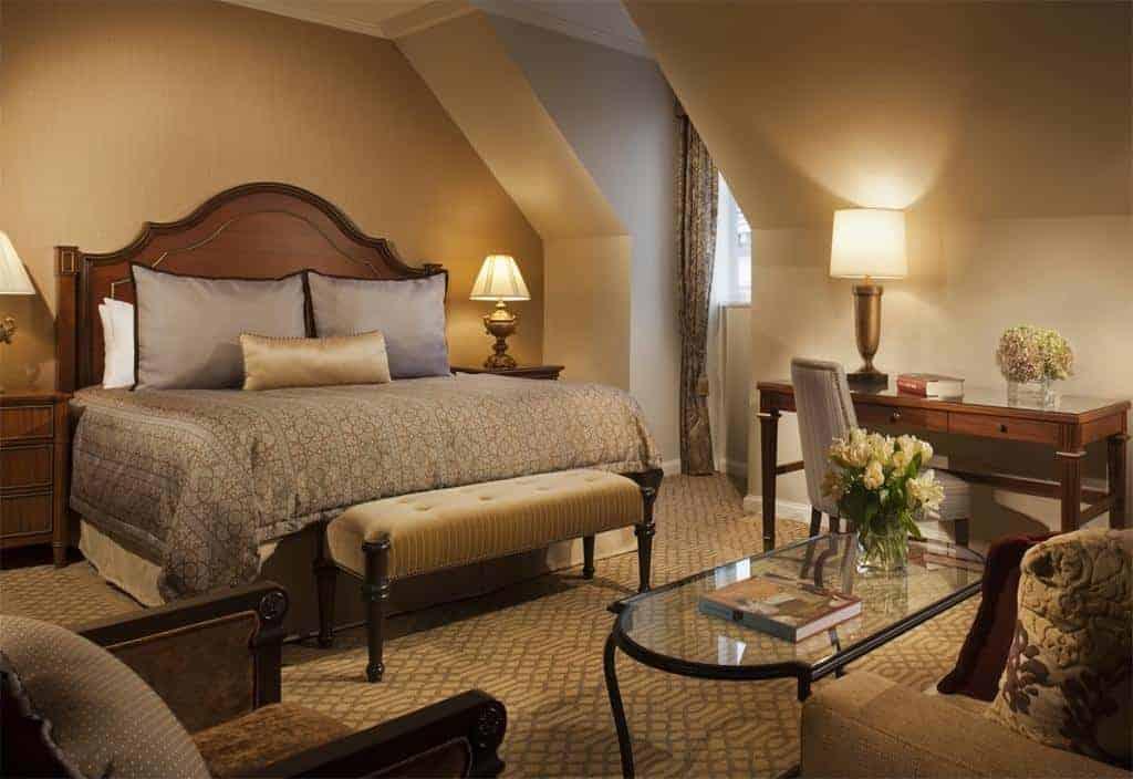 15.Omni Royal Orleans Hotel