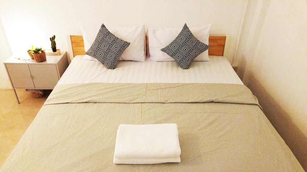 3.Green Sleep Hostel