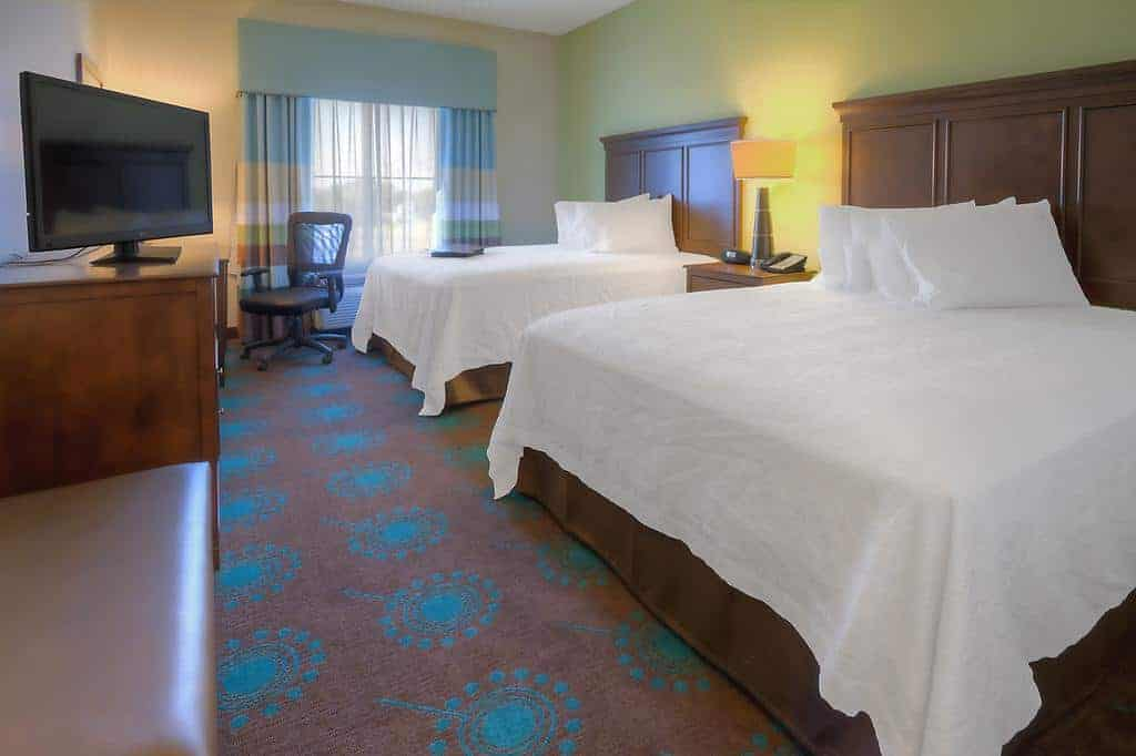 3.Hampton Inn & Suites Destin