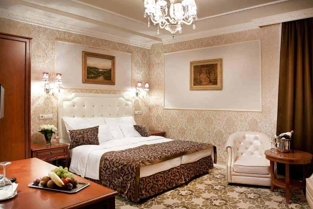 3.Hotel Capitulum