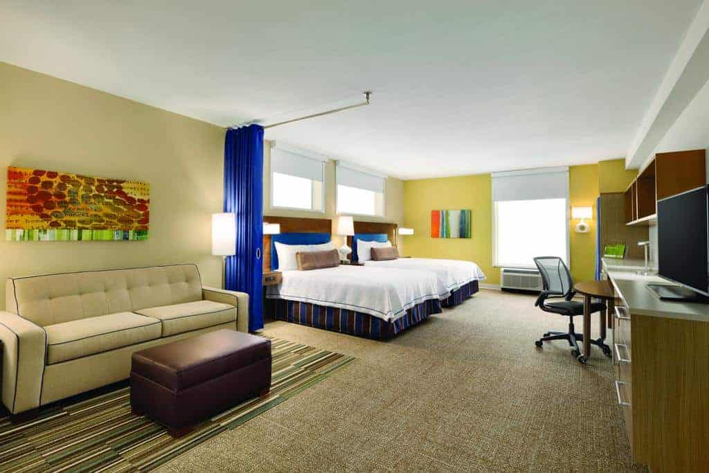 5.Home2 Suites by Hilton Destin