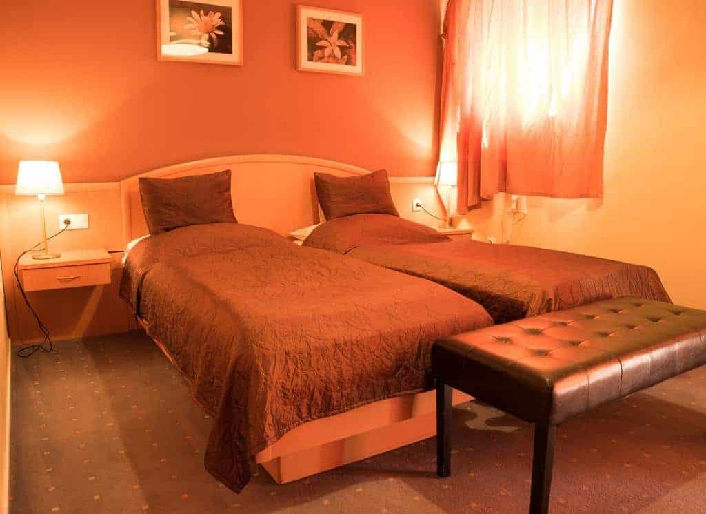 5.Hotel Korona