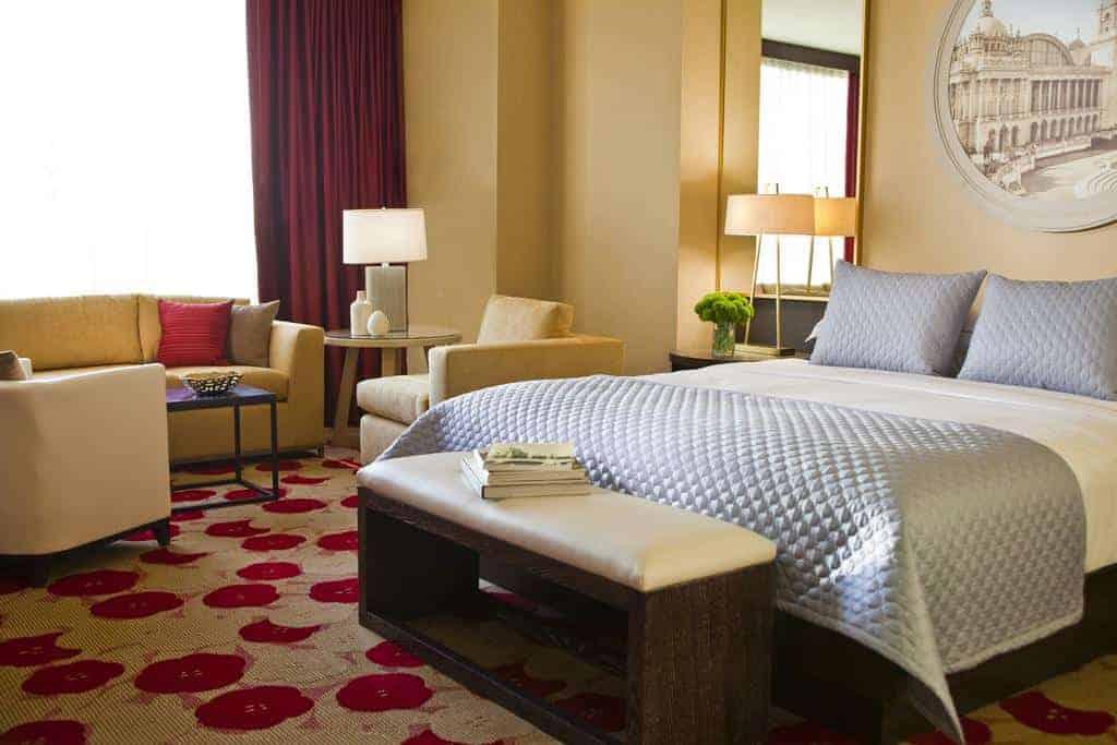 5.Kimpton Hotel Palomar Chicago