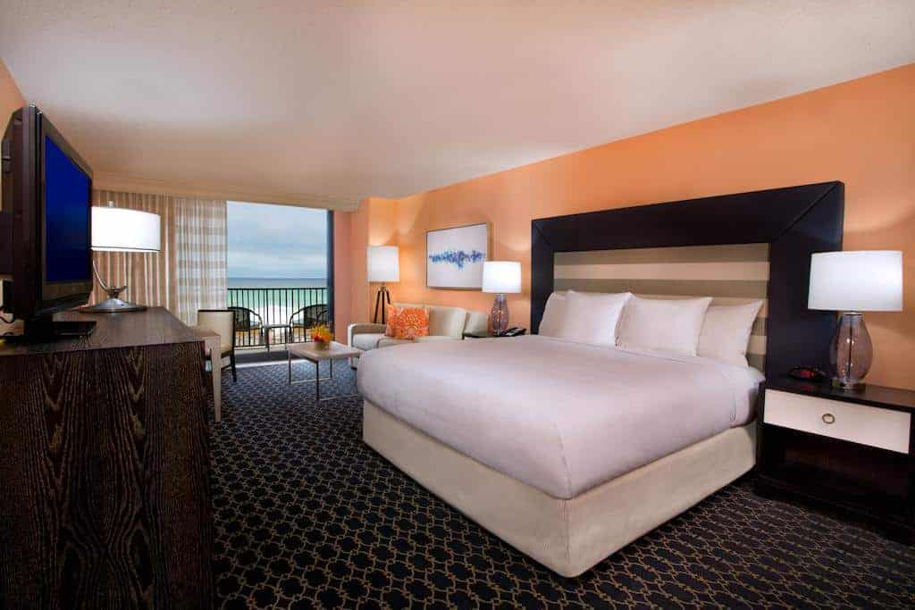 6.Hilton Sandestin Beach Golf Resort & Spa