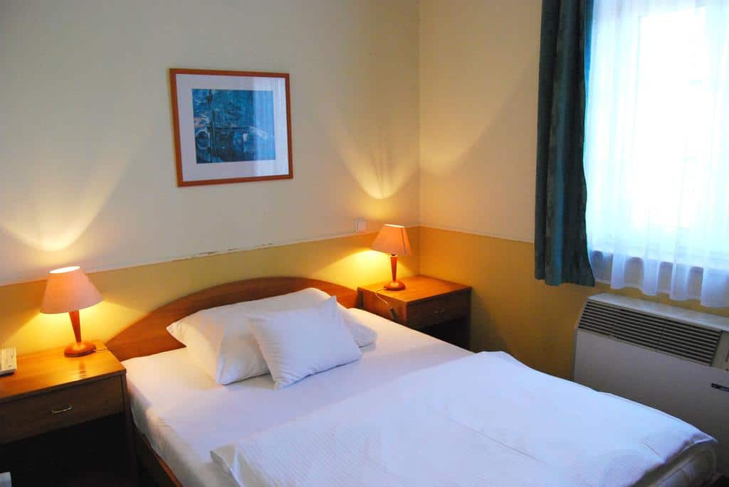 7.Hotel Baross
