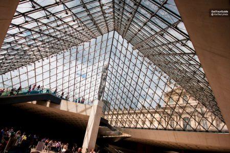شرح طريقة حجز تذكرة دخول متحف اللوفر في باريس