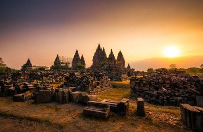 أفضل الاماكن السياحية في يوجياكرتا وإندونيسيا