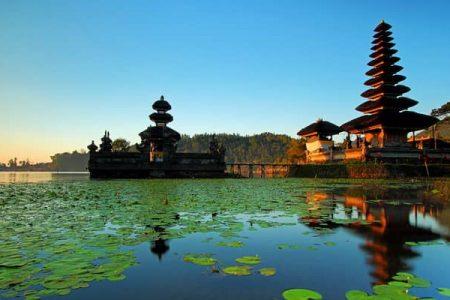 برنامج سياحي إلى إندونيسيا لمدة 15 يوم