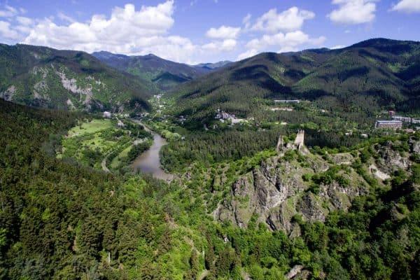 قلعة غوغيا