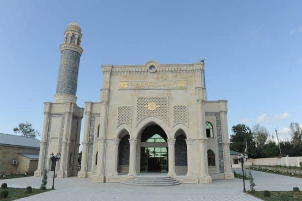 مسجد مدينة غابالا