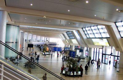 لحظة وصولك إلى مطار محمد الخامس بالدار البيضاء
