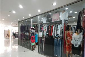 مركز تسوق Karvasla