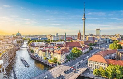 معلومات شامله عن برلين
