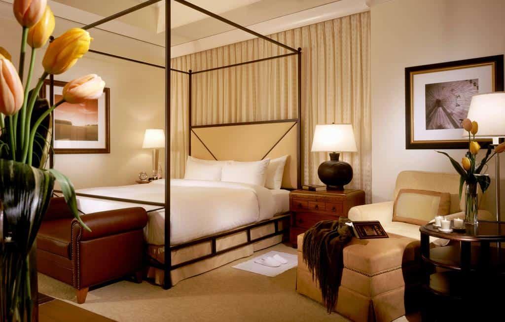1.Mokara Hotel & Spa
