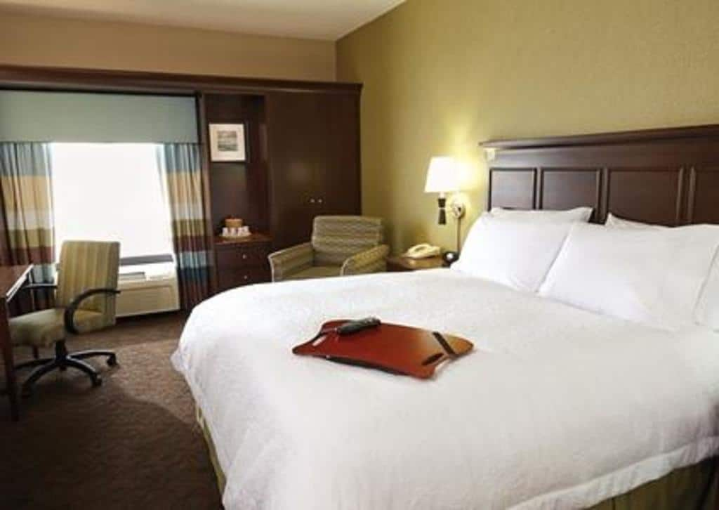 14.Hampton Inn & Suites San Antonio Brooks City Base, TX