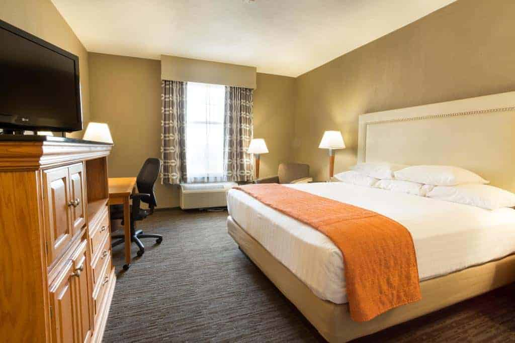 2.Drury Inn & Suites San Antonio North Stone Oak