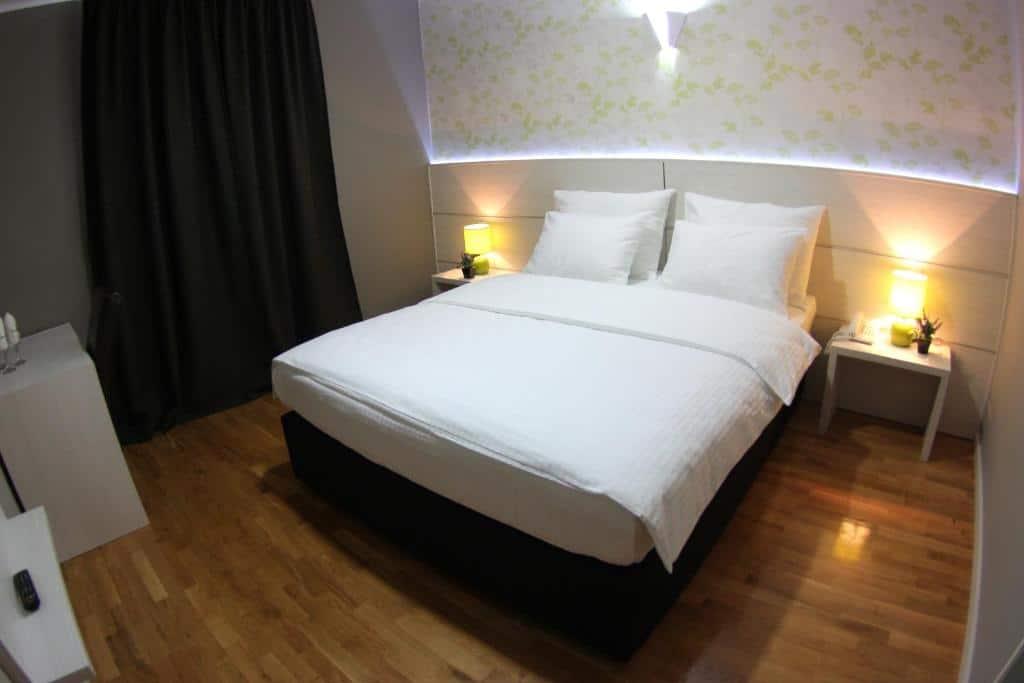 4.فندق فيلا ميلاس