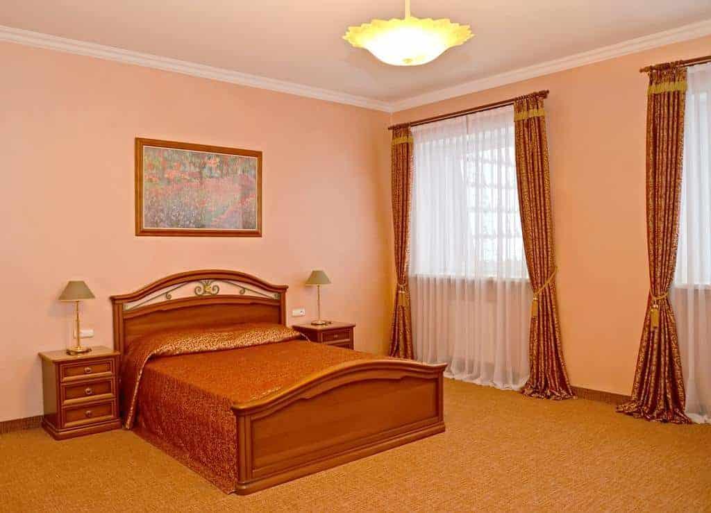 8.Ubilejny-Lux Hotel-min