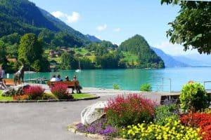 بحيرة زيورخ في سويسرا 10 1