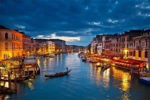 الذهاب إلى مدينة فينيسيا – إيطاليا –  فينيسيا