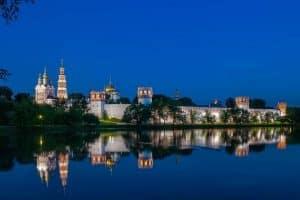 زيارة منطقة نوفودوفيتشى Novodevichy Monastery  - روسيا - موسكو
