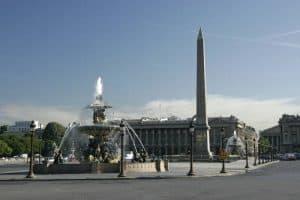 زيارة بعض الأماكن الأثرية - فرنسا - باريس