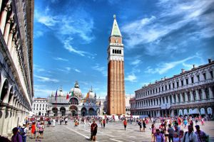 زيارة أهم معالم مدينة فينيسيا – إيطاليا – روما