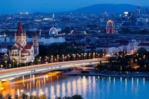الوصول إلى العاصمة النمساوية - النمسا - فيينا