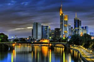 الوصول إلى مدينة فرانكفورت الألمانية  - ألمانيا - فرانكفورت