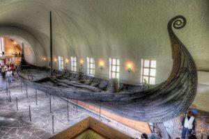 الذهاب الى متحف سفينة الفايكنغ Viking Ship Museum  ا33