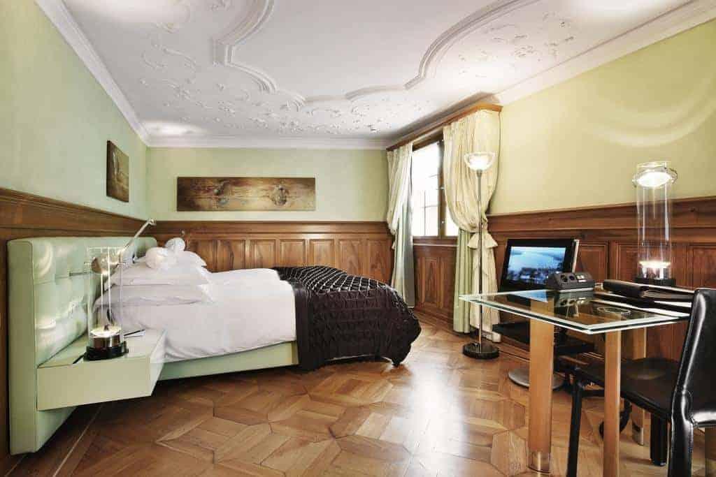 3.فندق ويدر-min
