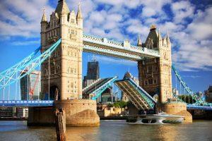 اليوم السياحي الأخير في مدينة لندن الرائعة  ل55