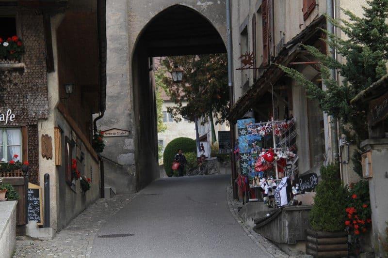 قرية La Gruyère
