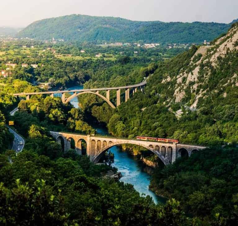 الرحلة بالقطار إلى سلوفينيا