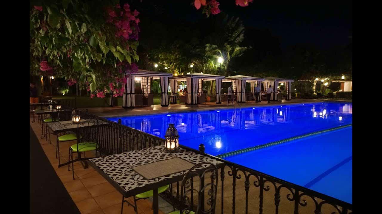 المطعم في Montebello villa hotel