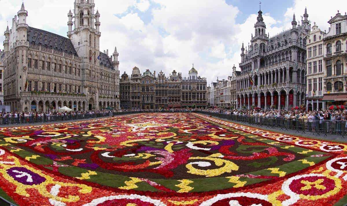 سجادة الزهور بروكسل