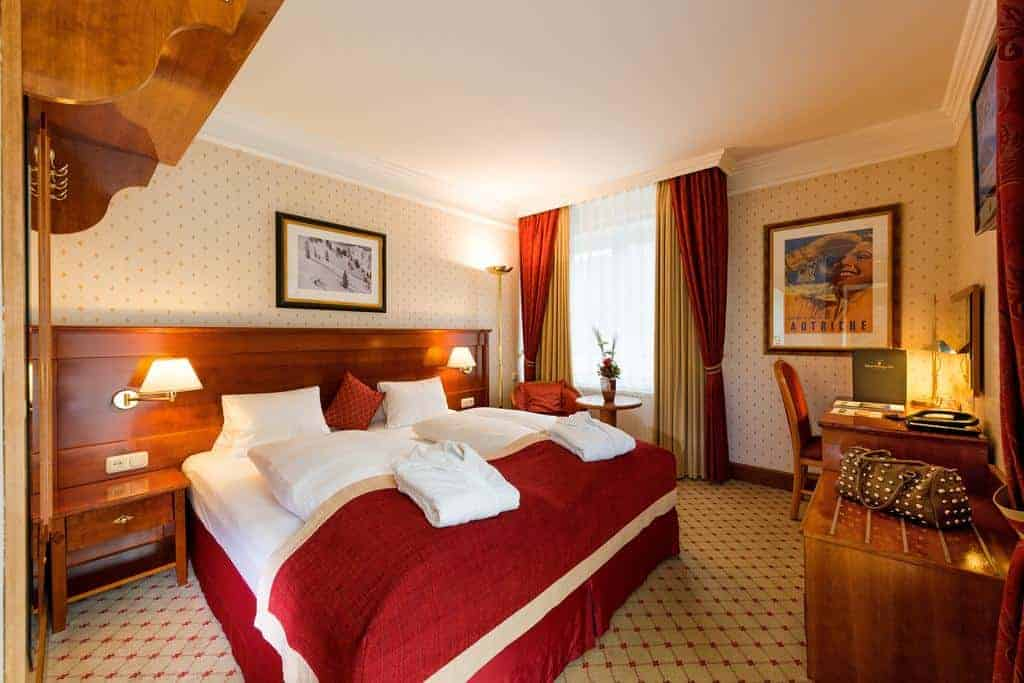 2.فندق سالزيورجير هوف