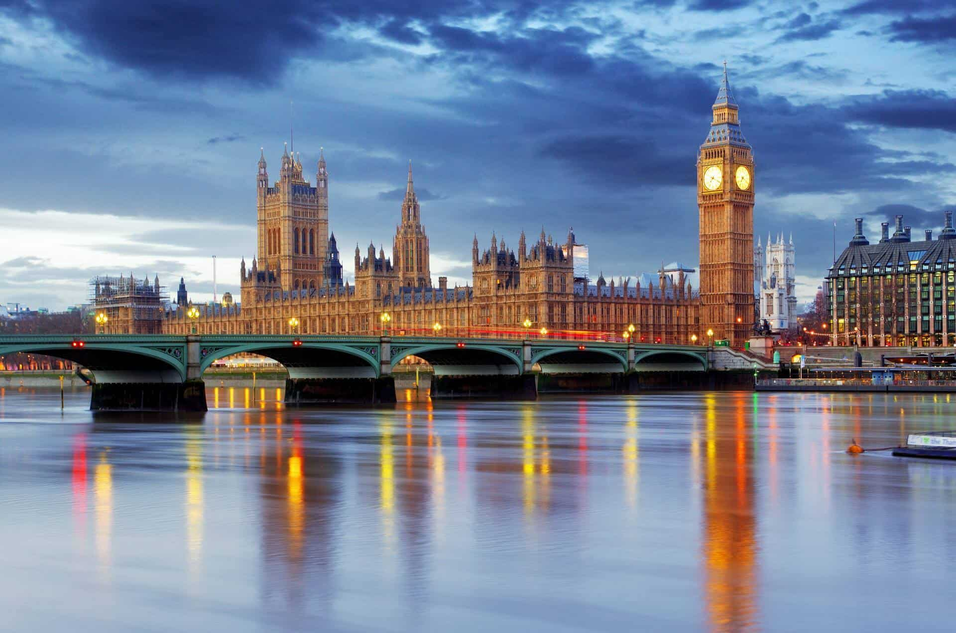 افضل وقت للسفر إلى لندن بريطانيا