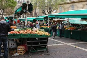 سوق نويلس Market Noailles