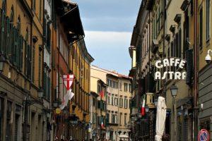 شارع كورسو بيزا ايطاليا