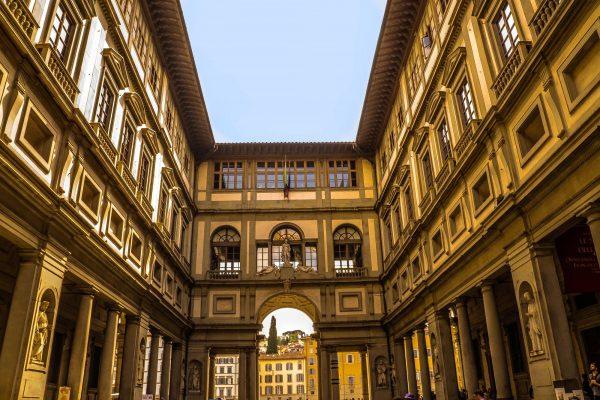 متحف اوفيزي Uffizi Museum